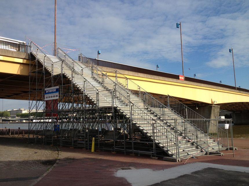 Armada 2013 : Les escaliers métalliques