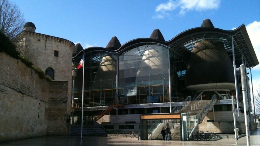 L'entrée du Tribunal de Grande Instance de Bordeaux