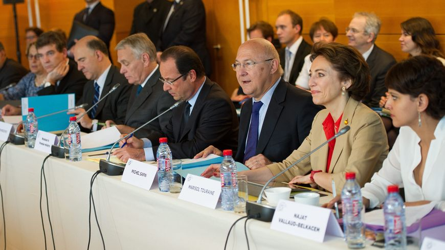 François Hollande, Jean-Marc Ayrault et les ministres concernés ont lancé les débats jeudi matin