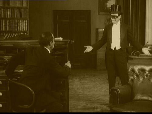 Fantômas avec René Navarre. Un film de Louis Feuillade (1913)