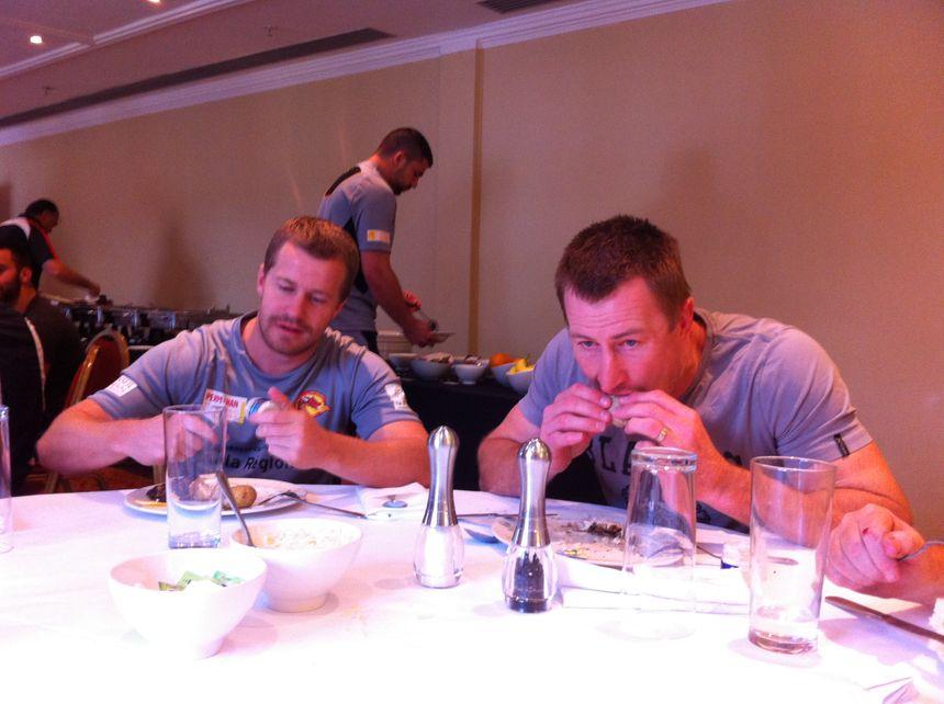 A table avec Scott Dureau et Steve Menzies (Dragons Catalans)