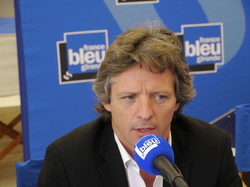 Guy Accocéberry au micro de France Bleu Gironde