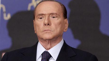 Silvio Berlusconi était poursuivi pour incitation à la prostitution de mineure et pour abus de pouvoir.