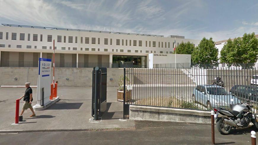 Hotel de police Avignon