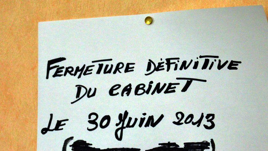 Dans la salle d'attente du docteur Mazure, à Guéret.