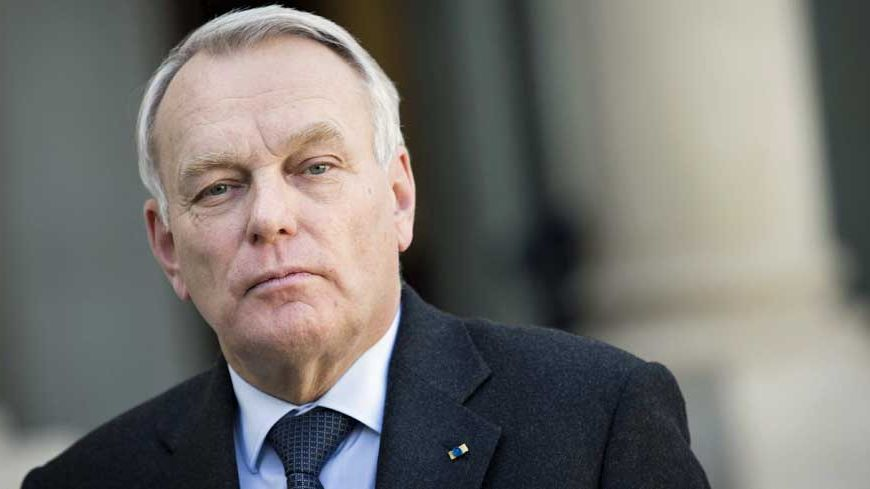 Jean-Marc Ayrault s'est fixé pour objectif de passer de 30.000 emplois d'avenir à 100.000 à la fin de l'année.