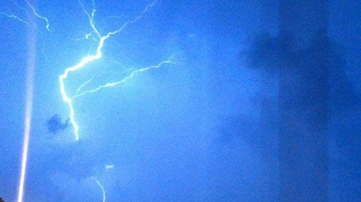 L'orage à Algrange (57) Photo signée Isabelle