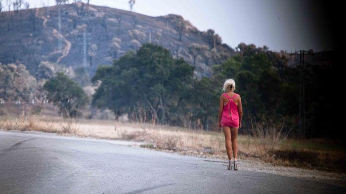 Prostituée au bord d'une route (La Jonquera)