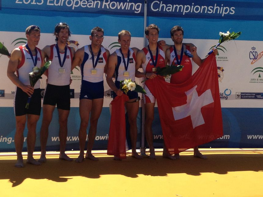 Stany Delayre (troisième en partant de la gauche) sur le podium des championnats d'Europe