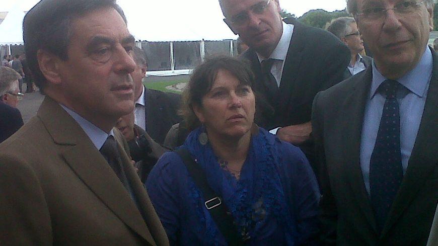Jean-Paul Mazoier, le PDG de BVS en compagnie de François Fillon et de Marc Joulaud, le maire de Sablé
