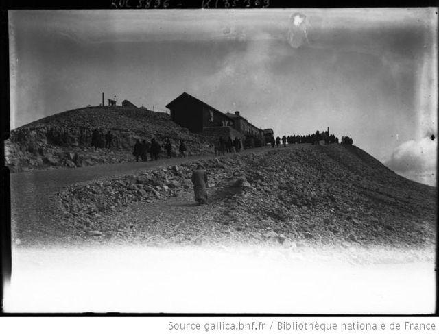Spectateurs au Mont Ventoux en 1906