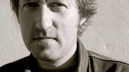 Le chanteur brestois Colin Chloé