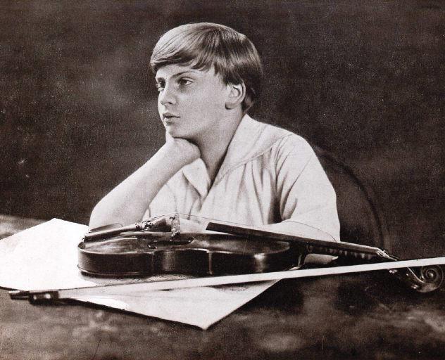 Yehudi Menuhin, à 12 ans