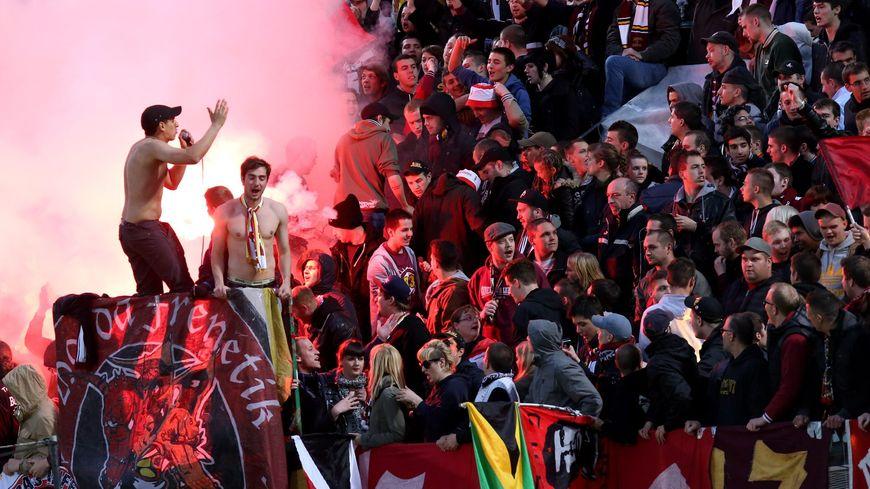 FC Metz, supporteurs, supporters, tribunes au stade Symphorien le 17 mai 2013