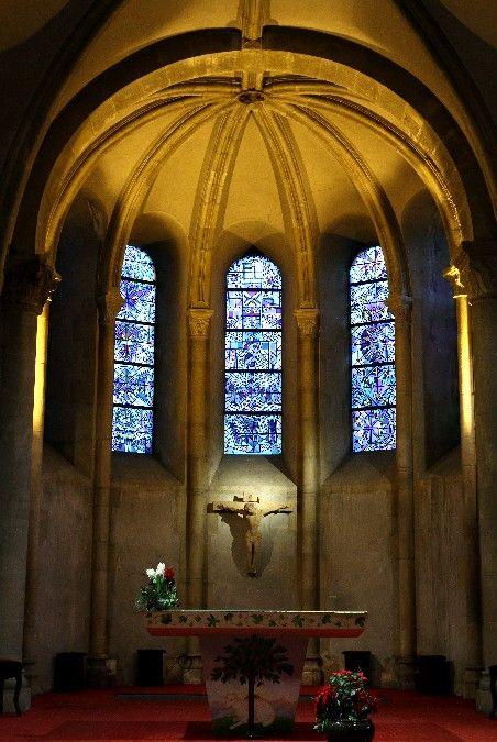 Vitraux de Cocteau à l'église St Maximin de Metz