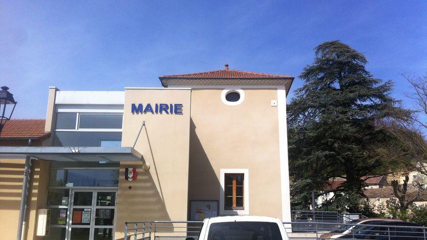 La mairie de Montvendre dans la Drôme