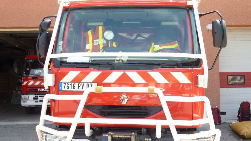 Un camion de pompiers en Drôme Ardèche.