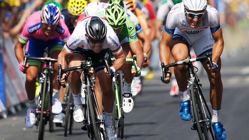 L'Allemand Marcel Kittel a remporté jeudi à Tours sa troisième étape du Tour de France 2013 devant Mark Cavendish