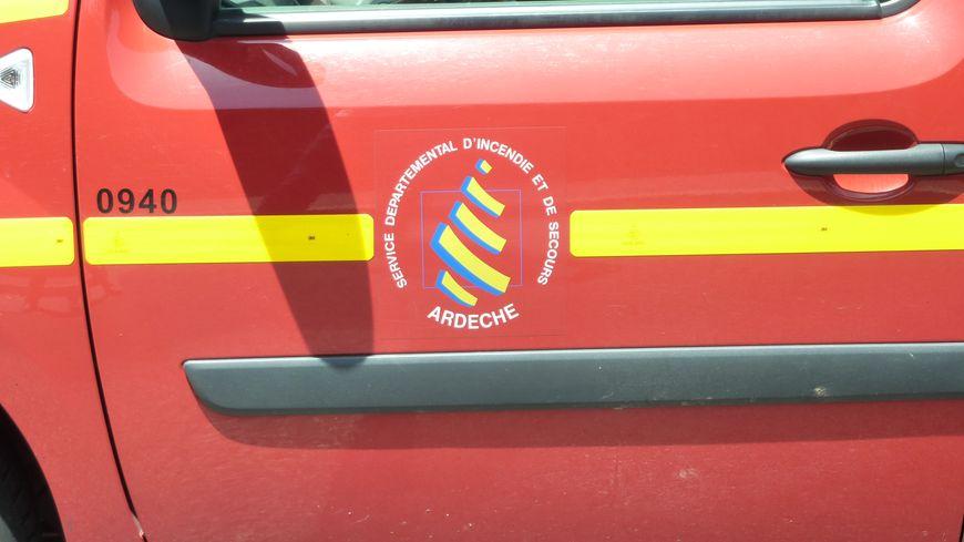 Une voiture de pompiers en Ardèche