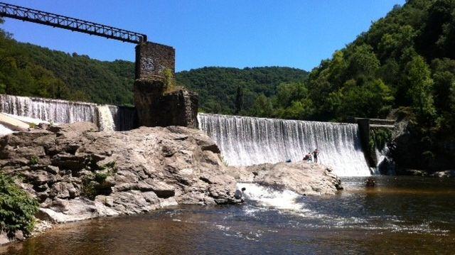 La rivière du Doux, près de Saint-Jean-de-Muzols, en Ardèche
