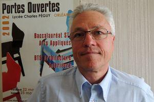 Pixel Education - Serge Cimolino est provisuer du lycée Charles Péguy à Orléans