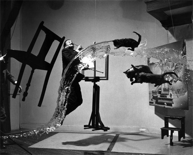 Le Dali Atomicus, photo de Philippe Halsman (1948)