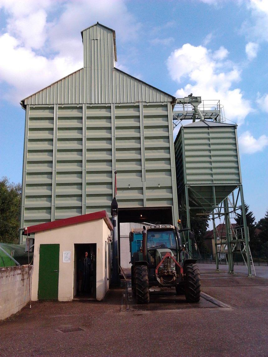 Le silo de la coopérative agricole Lorca à Gravelotte en Moselle