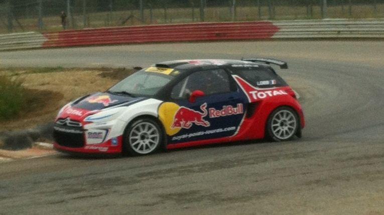 Folle ambiance pour Sébastien Loeb au circuit de Lohéac
