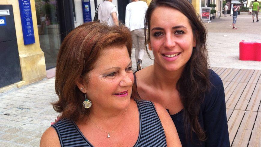 Marion Limouzy, Miss Périgord 2012 avec Betty Préaux, responsable du comité Miss France en Dordogne
