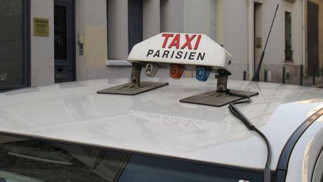 Taxi parisien logo