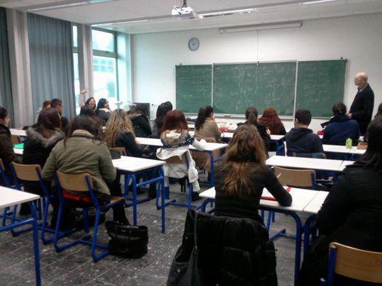 Depuis janvier 2013, une vingtaine de lycéens ont suivi des cours d'Araméen moderne à Sarcelles.