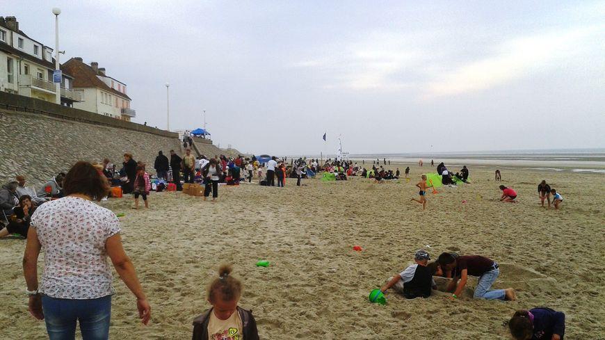 800 oubliés des vacances à Fort Mahon plage