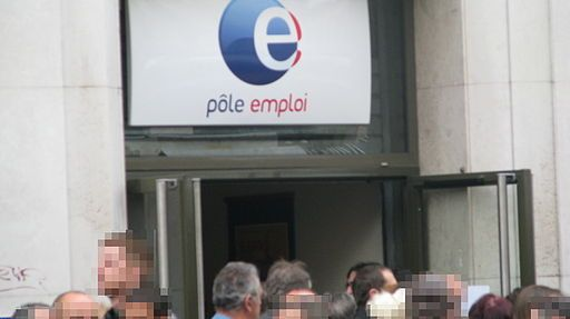 Chômeurs devant Pôle Emploi