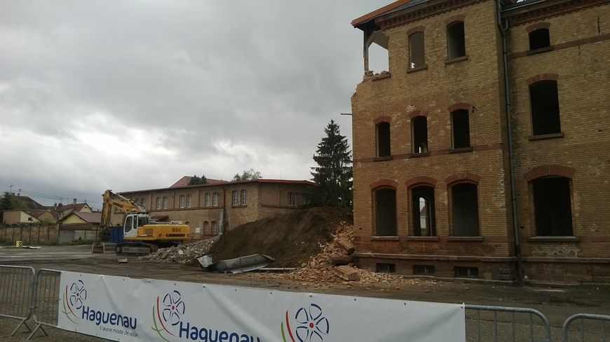 chantier de démolition caserne de Haguenau