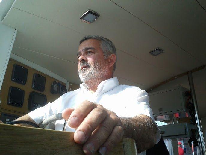 Joël Lebar sur son 4x4 des mers