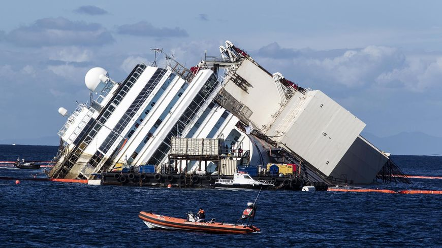 Le redressement du Costa Concordia