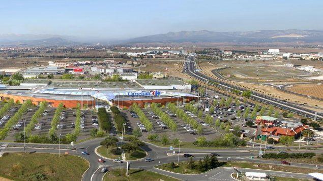 Le centre commercial Carrefour Claira
