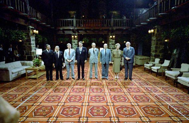 G7 à Ottawa, en juillet 1981 durant lequel Mitterrand révéla à Reagan l'existence de Farewell