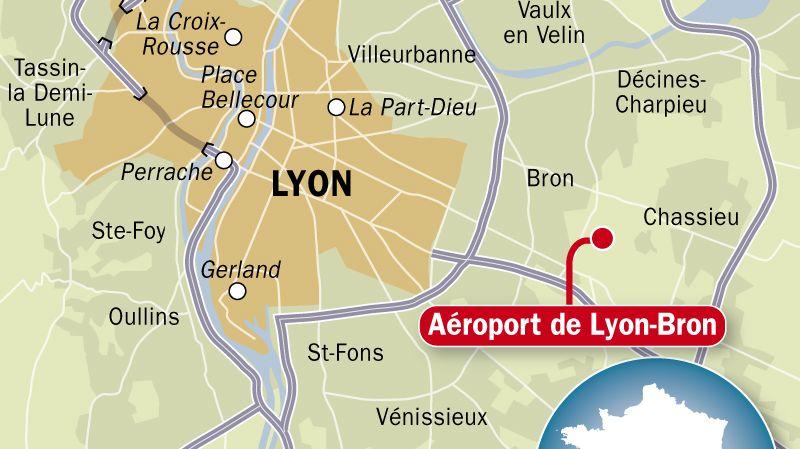 Carte de situation de l'aéroport de Lyon-Bron (Rhône)