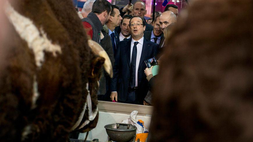 François Hollande à l'ouverture du Salon de l'agriculture 2013.