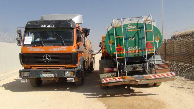 Camions citernes d'eau potable,camp de Zaatari, nord de la jordanie