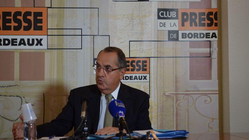 Michel Delpuech devant le Club de la presse de Bordeaux