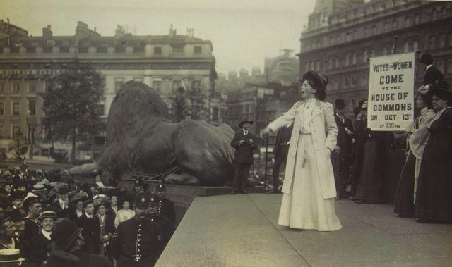Les suffragettes de Michèle Dominici