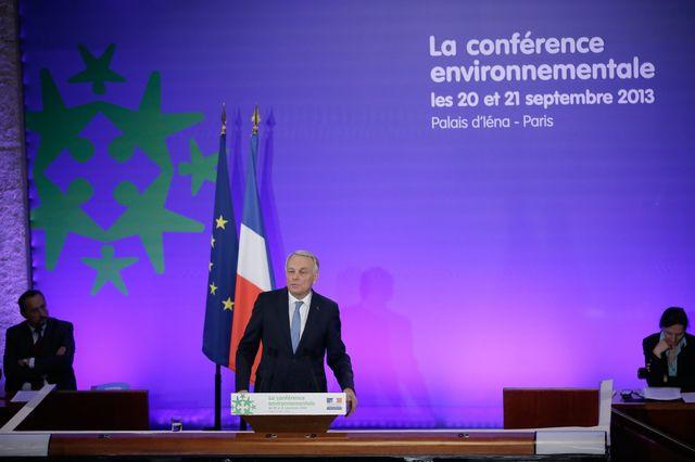 Jean-Marc Ayrault clot la 2e conférence environnementale