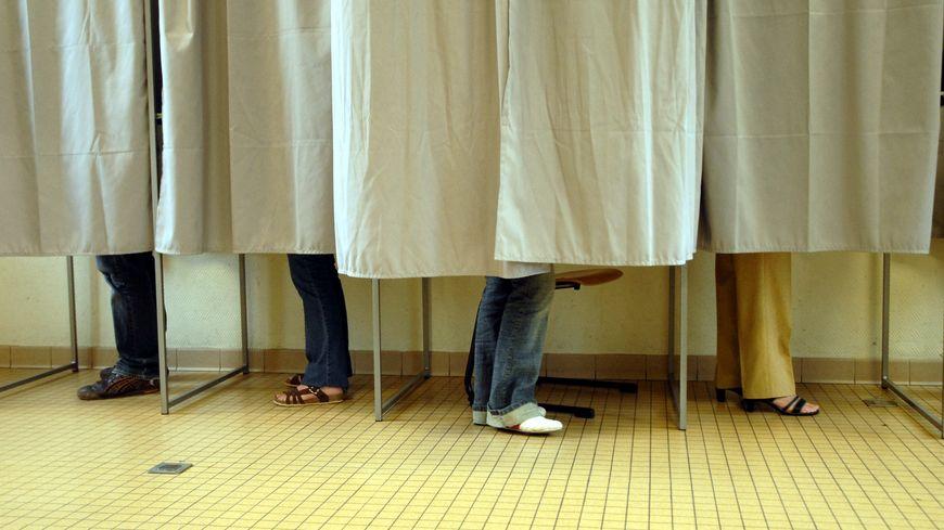 isoloir - vote - élection - municipales