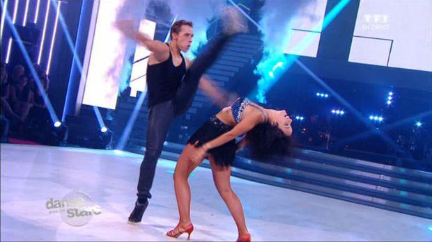 Le cha cha de Grégoire Lyonnet et Alizée à Danse avec les stars sur TF1 le 28 septembre 2013.