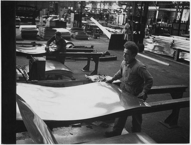 Laminage de l'aluminium à chaud dans une usine française - Début des années 50