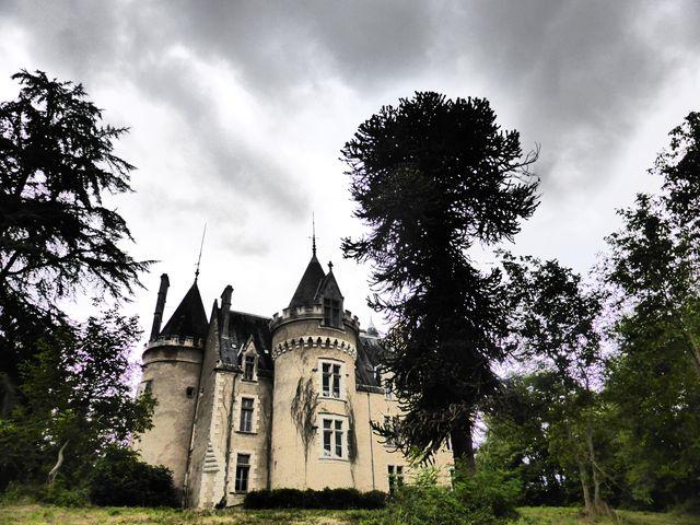 Vue du château de Fougeret.