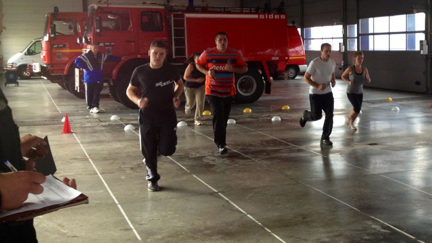 Vertige, chaleur, endurance, les futurs recrues volontaires ont été testés par les pompiers en poste.