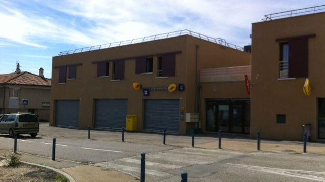 Le bureau de Poste dans le quartier Zodiaque à Annonay en septembre 2013.